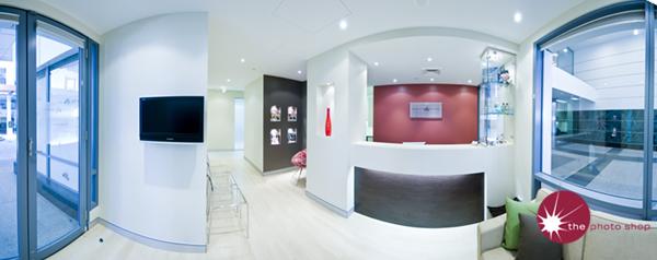 Quality Dental: Reception Panorama