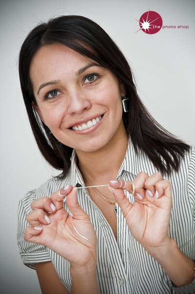 Dr Calderon shows correct flossing techniques